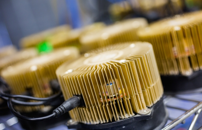 http://www.shutterstock.com/pic-211128997/stock-photo-row-of-litecoin-miners-set-up-on-the-wired-shelfs.html?src=nht3uFTFqbtBUkqILnm8HA-1-12