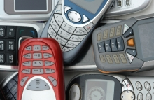 cellphones-shutterstock_11660413