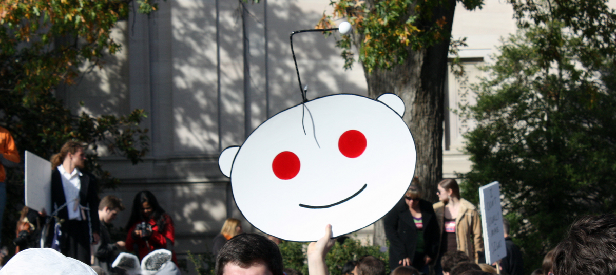 Is Reddit's MOON Token Really 2,000x Bigger Than the Global Economy?