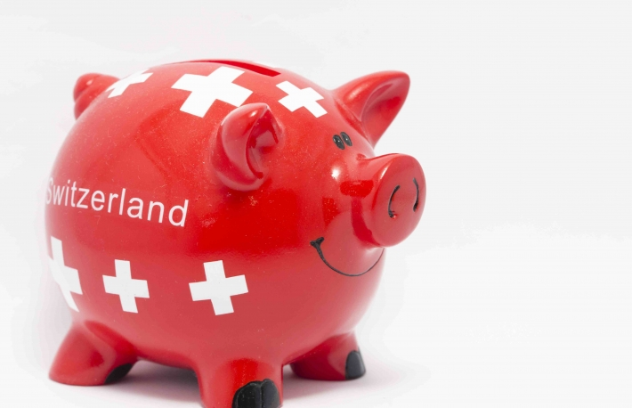 http://www.shutterstock.com/pic-243287356/stock-photo-a-piggy-bank-with-switzerland-flag-on-the-white-background.html?src=pp-same_artist-235734007-eRiJm2cTa7Hu53GOXUEi2w-5