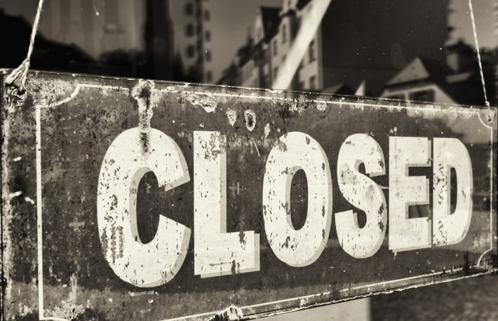 http://www.shutterstock.com/pic-249391420/stock-photo-closed-sign-at-a-shop.html?src=WCwnwR2fnj8mBRayvlgjAw-1-77
