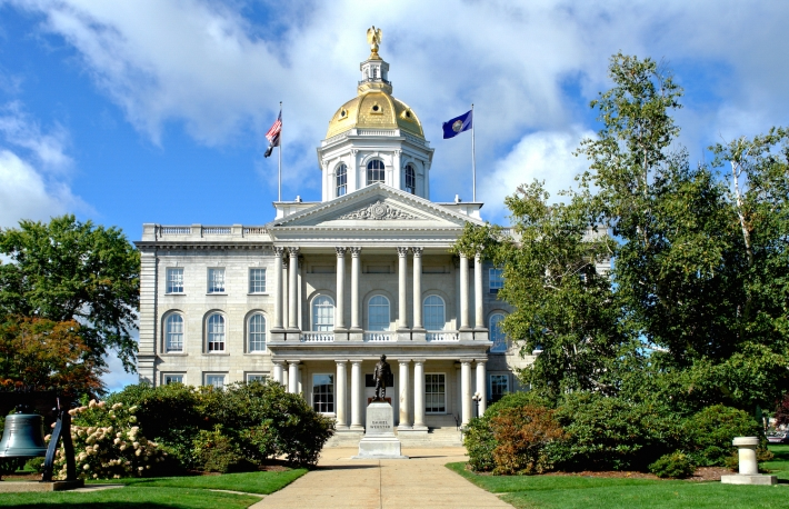 http://www.shutterstock.com/pic-37468618/stock-photo-new-hampshire-state-house-capitol-building-and-visitor-center-built-in-greek-revival-architectural.html?src=liKasPIUaBZqhYvf8UpUnQ-1-17