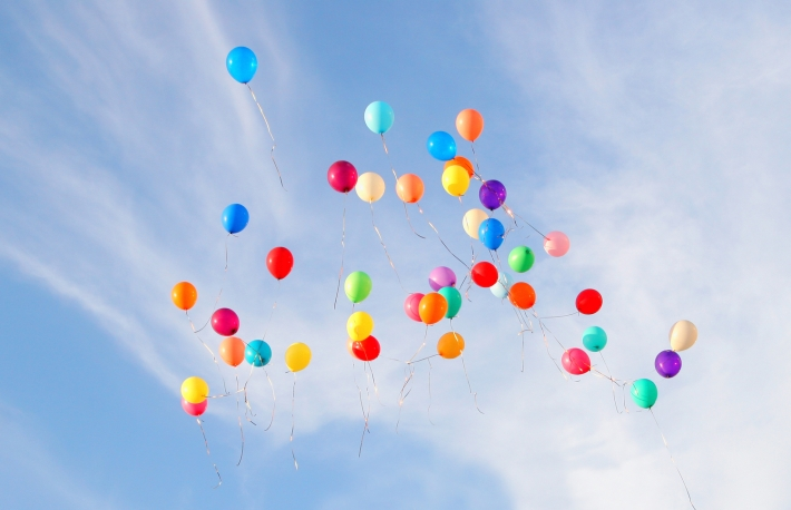 http://www.shutterstock.com/pic-72393331/stock-photo-colored-balloons-on-sky.html?src=7reemlbjxWB2XFWCtmNyZw-1-14