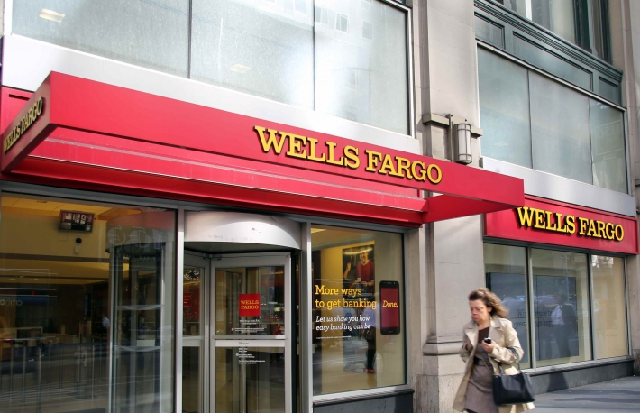 wells-fargo-bank-2