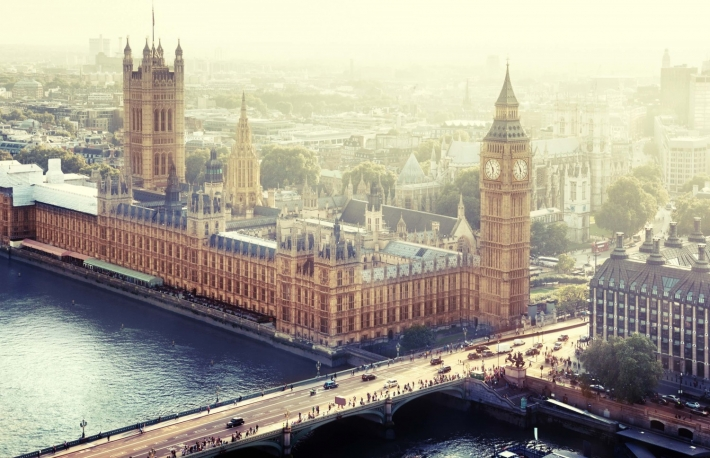 http://www.shutterstock.com/pic-225089569/stock-photo-london-palace-of-westminster-uk.html?src=Hdrz80tr-JZJnjlYVjoS5w-1-1