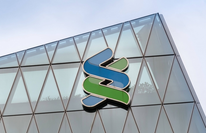 Standard Chartered Participates in Jammed $18M Round for Crypto Custodian
