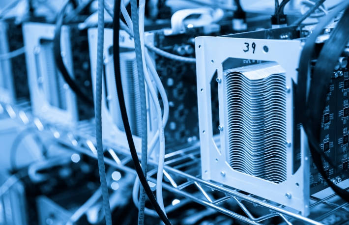 Bitcoin Mining Difficulty Drops 9% to January Levels