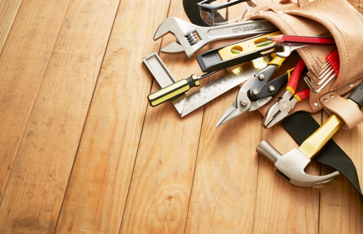 http://www.shutterstock.com/pic-312984998/stock-photo-tool-belt-with-tools-on-wood-planks-with-copy-space.html?src=iwLQdR0uMASB35YURK8G6g-1-31