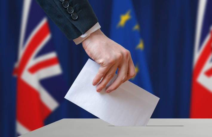 http://www.shutterstock.com/pic-437053090/stock-photo-referendum-in-great-britain-brexit-about-relationship-with-european-union-voter-holds-envelope.html