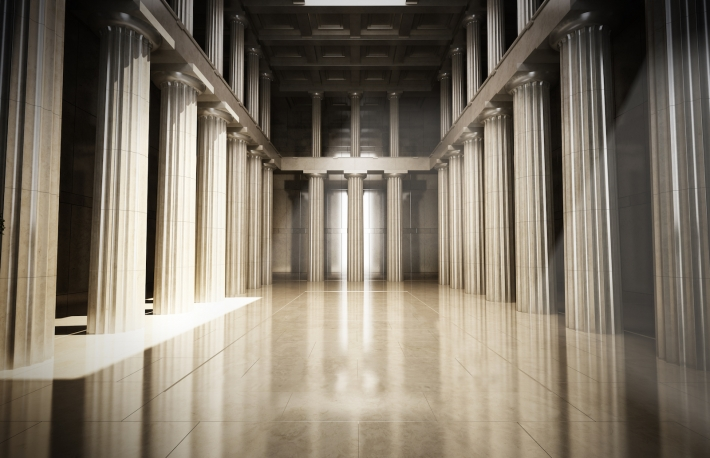 hall-with-columns