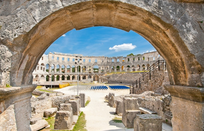 http://www.shutterstock.com/pic-149572799/stock-photo-roman-amphitheatre-arena-in-pula-it-was-constructed-in-27-bc-68-ad-and-is-among-six-largest-surviving-roman-arenas-in-the-world-pula-arena-is-best-preserved-ancient-monument-in-croat.html?src=CuNNlE6Bi9pfaq41oe3Ejw-1-27