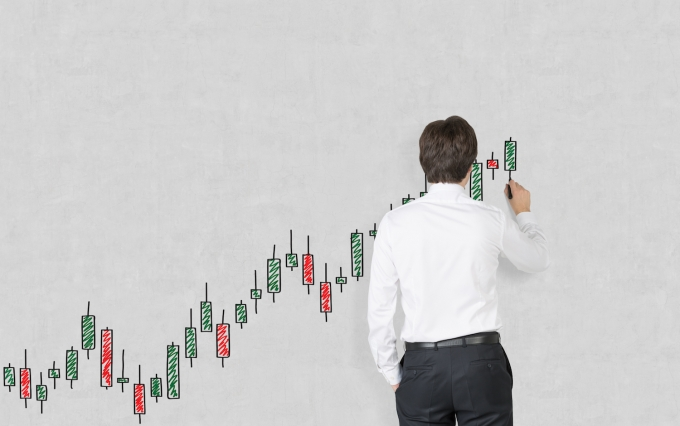 https://www.shutterstock.com/pic-197244749/stock-photo-businessman-drawing-a-graph.html?src=fi6yHgezwlrwfR9Ks1igxA-1-51