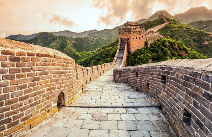 http://www.shutterstock.com/pic-273958775/stock-photo-china-famous-landmark-great-wall-and-mountains.html?src=J4uhYfj4WHBqFEt10AECSw-1-2