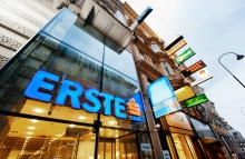 https://www.shutterstock.com/pic-304456391/stock-photo-vienna-austria-july-4-2011-the-erste-bank-logo-sits-on-display-outside-a-bank-branch-operated-by-erste-group-bank-ag-in-vienna-austria.html?src=8sznndtleFzrhcOyTIWppg-1-0