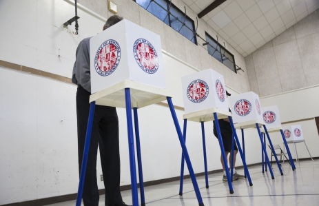 https://www.shutterstock.com/pic-297520361/stock-photo-oak-view-california-usa-november-4-2014-citizen-votes-in-election-booth-polling-station-in-gymnasium.html?src=AWn5ZqEPG4JrvZXjD1oH5g-1-0
