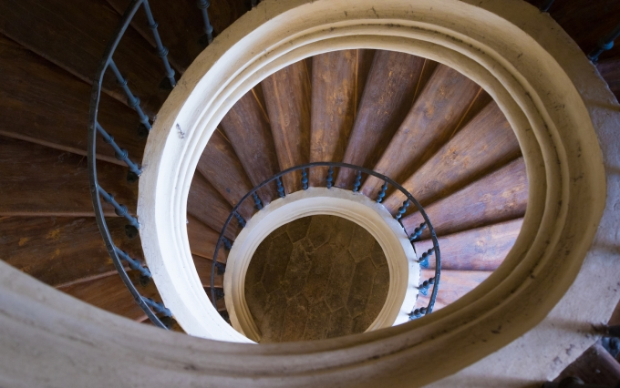 https://www.shutterstock.com/pic-483706933/stock-photo-old-round-wood-stairway-with-handrails-top-view.html