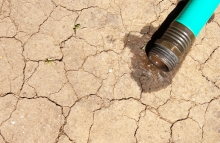 https://www.shutterstock.com/image-photo/drought-32601691?src=icG6JjsMlUt-c7OmcwF7uA-1-1&utm_medium=Affiliate&utm_campaign=Skimbit%20Ltd.&utm_source=10078&irgwc=1