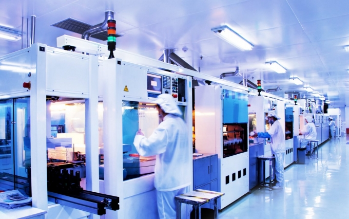 https://www.shutterstock.com/image-photo/automated-production-line-modern-solar-silicon-47536699?src=GATiWBMXUfeS-G5bRxay-w-1-7