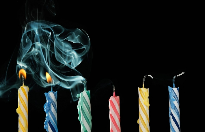 https://www.shutterstock.com/image-photo/birthday-candles-that-have-just-been-262715957?src=Qwrbh4G4sjM2twRF5BvySA-1-8