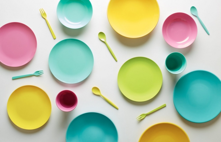 https://www.shutterstock.com/image-photo/colorful-plastic-dishes-on-white-background-191039087?src=EvlL_PR8GGkHT4gYNEhg4A-1-4