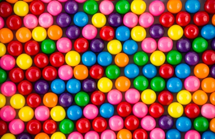 https://www.shutterstock.com/image-photo/brightly-colored-gum-balls-laying-flat-140455963?src=j9JZsG9MsAb5phg5JGXZ5Q-1-42