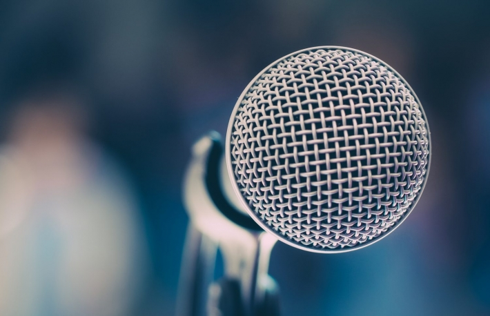 https://www.shutterstock.com/image-photo/color-filter-close-microphone-karaoke-room-594829085?src=7iVadiG0Ikta_5VevEimyg-1-66