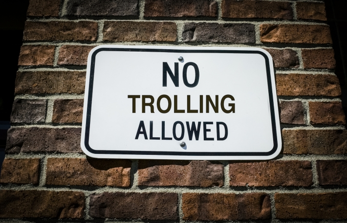 https://www.shutterstock.com/image-photo/no-trolling-allowed-sign-on-brick-525967459?src=f5SHyimKhoEurvctfNU9Iw-1-12