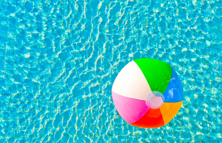 beach-ball-pool
