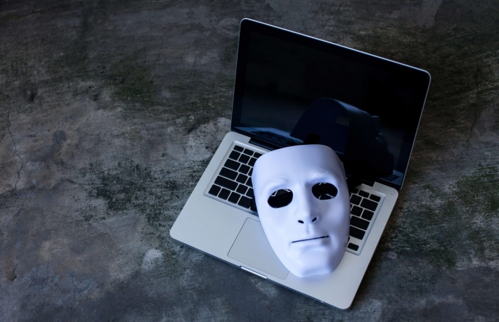 https://www.shutterstock.com/image-photo/anonymous-mask-hide-identity-on-computer-518835055?src=gbR6506_yMIjTAMSSPvw6w-1-9