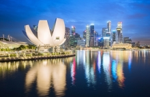 https://www.shutterstock.com/image-photo/night-view-singapore-city-skyline-630828737?src=VQmIeGERK8i3tpGP9v72kA-1-31