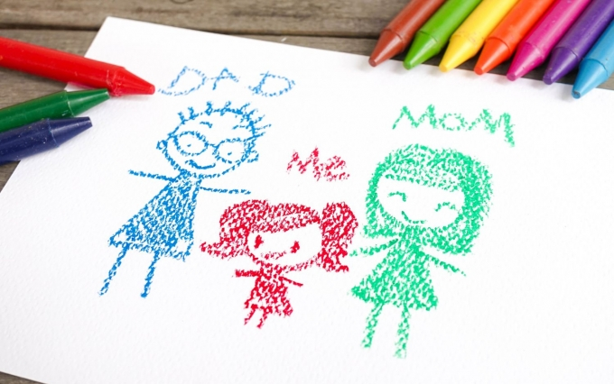 https://www.shutterstock.com/image-photo/crayon-drawing-happy-family-child-dad-491732992