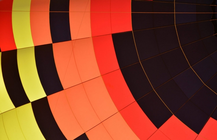 https://www.shutterstock.com/image-photo/hot-air-balloon-envelope-inside-inflated-667695166?src=73UeeMkftnux-Psc0ddYHw-1-4