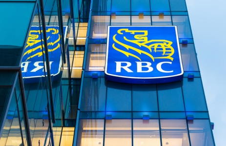 https://www.shutterstock.com/image-photo/torontocanadajuly-52015-royal-bank-signs-city-294559325?src=kuL4hUd0wHopXCIw1T3YcA-1-70