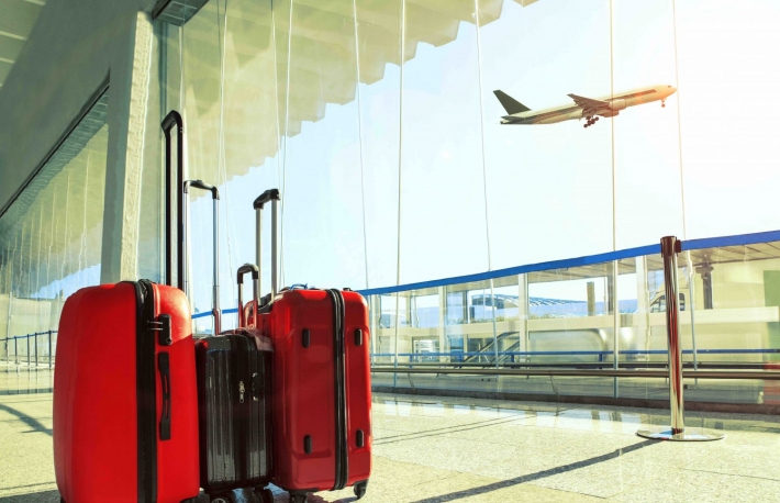 https://www.shutterstock.com/image-photo/stack-traveling-luggage-airport-terminal-passenger-520766149