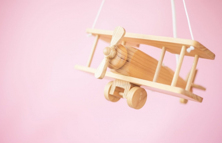https://www.shutterstock.com/image-photo/wooden-airplane-on-pink-background-325826756?src=xmJuA333diSLmjQoQHFo8Q-1-27