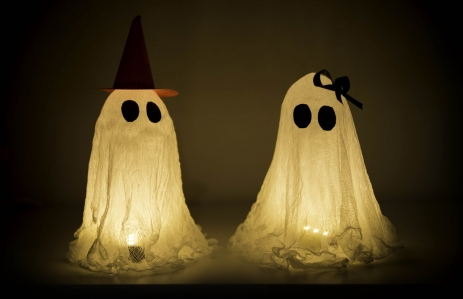 https://www.shutterstock.com/image-photo/pretty-young-halloween-ghosts-girl-boy-504339787?src=JjwhDUyqsS7ciO5uAP_riQ-1-42