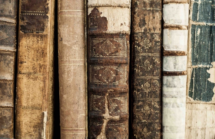 https://www.shutterstock.com/image-photo/close-many-old-books-116301448