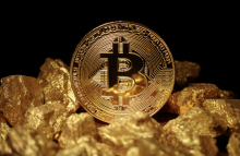 https://www.shutterstock.com/image-photo/golden-bitcoin-coin-mound-gold-cryptocurrency-679712407?src=El8HF6iKfRWpmwLhvx9AWQ-1-0