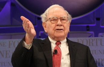 has warren buffett invested in cryptocurrency