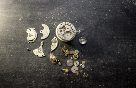 https://www.shutterstock.com/image-photo/process-repair-mechanical-watches-573975391?src=5xoD4sk9nxrBNvbCpFmiiw-1-98
