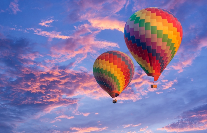 https://www.shutterstock.com/image-photo/two-balloons-beautiful-sky-364664249?src=5WYQ36HylNcSkBFRwMw_Hw-1-26