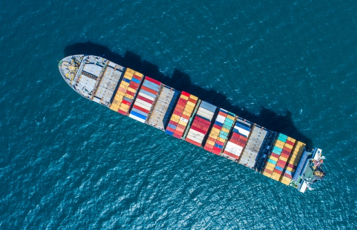 https://www.shutterstock.com/image-photo/containercontainer-ship-import-export-business-logisticby-564555790?src=ll4p-s8cB0D1_de-7p_VaQ-1-43