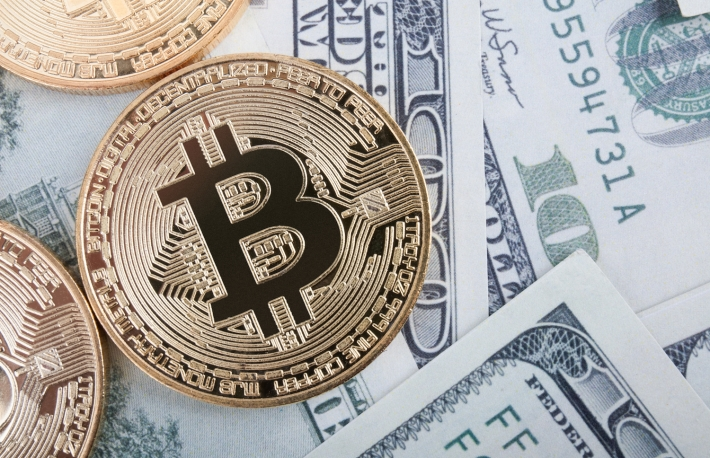 https://www.shutterstock.com/image-photo/golden-bitcoin-coin-on-us-dollars-678193507?src=rW3LASxE6F1Hi3_OTMrZPg-1-0