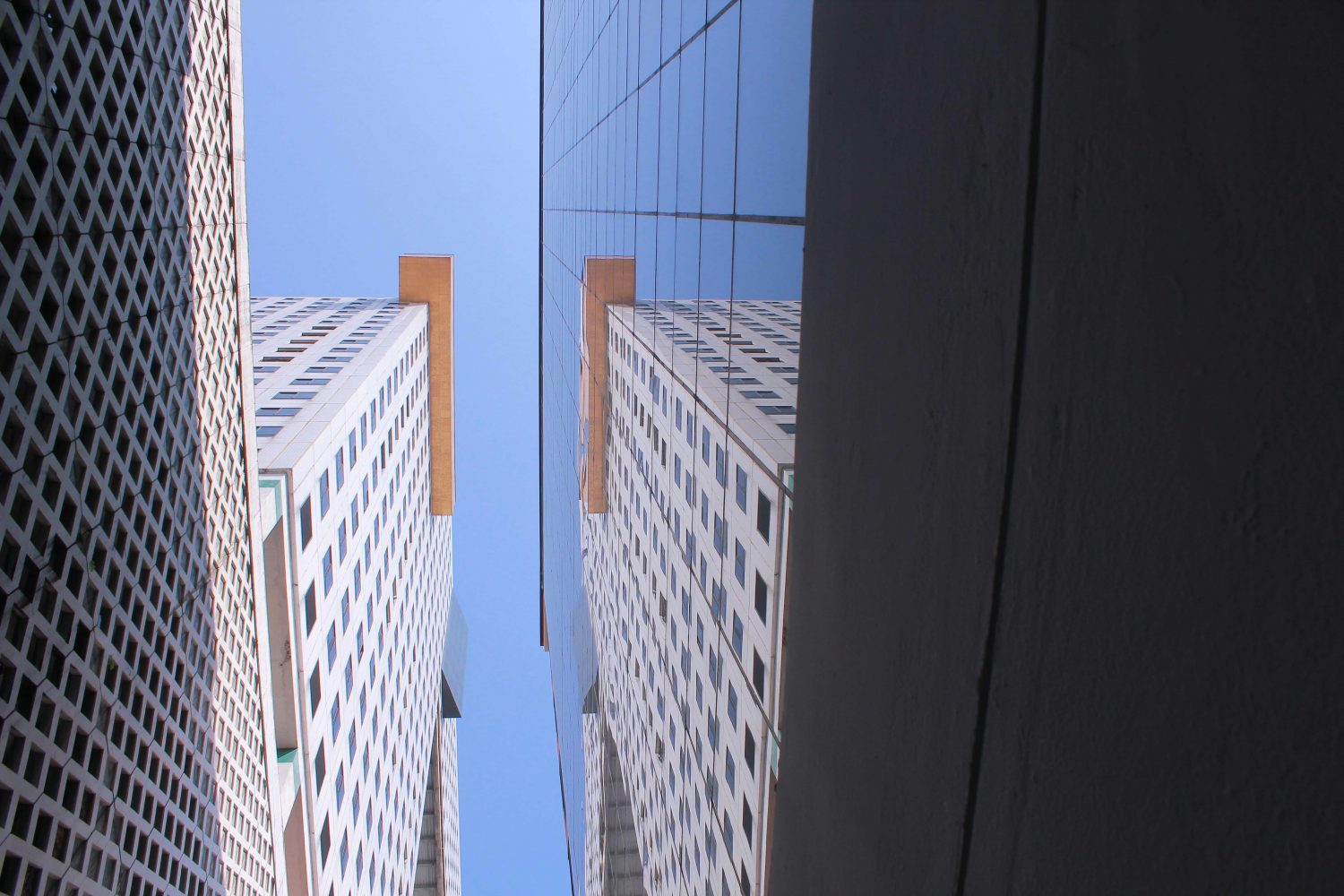 building, reflection