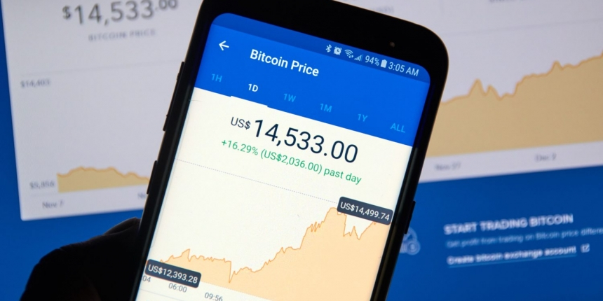 Coinbase Hit With Outage As Bitcoin Price Drops $1 8K in 15 Minutes