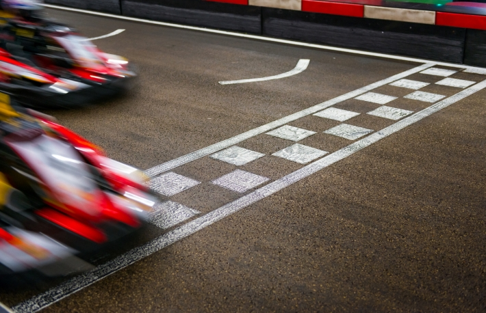 https://www.shutterstock.com/image-photo/kart-crossing-finish-line-142653133?src=Fp6TNslHsZuzymz0Y06JIg-1-14