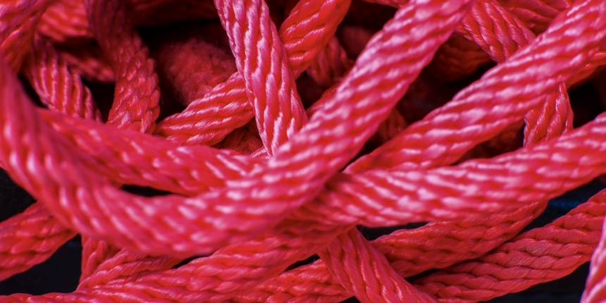 tangle rope red