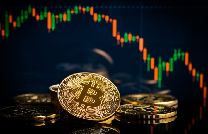 https://www.shutterstock.com/image-photo/concept-bitcoins-falling-candle-graph-on-1018901758?src=81REqc3yzS3YR-QLDSAffg-3-39