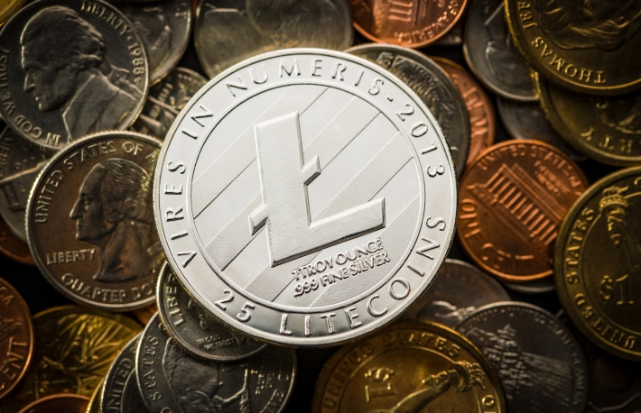https://www.shutterstock.com/image-photo/litecoins-digital-cryptocurrency-on-american-coins-1027639396?src=LFKgna7JMUFlDFAM7KDEJw-2-17
