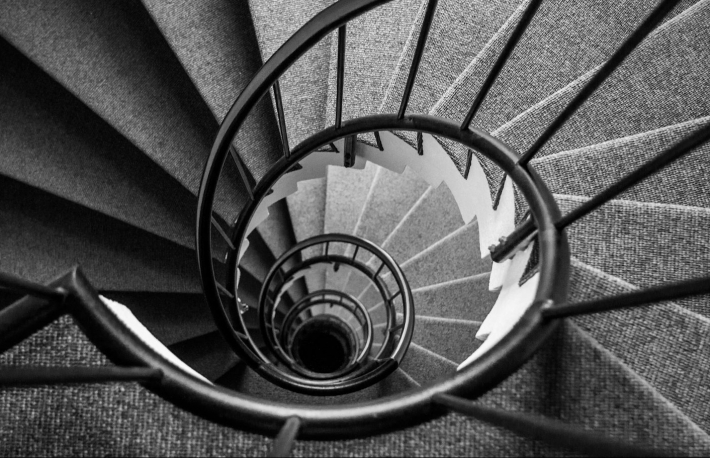 https://www.shutterstock.com/image-photo/looking-down-narrow-spiral-staircase-forming-575465029?src=70-G6rQRJ5zChf5igdiECA-1-11